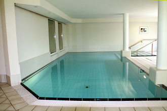 Swimming-Pool im Seniorenparadies Südwald